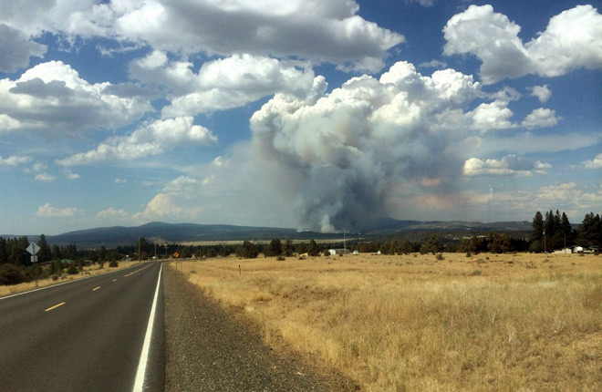 6 homes burned, over 100 evacuated by fire north of Klamath Falls