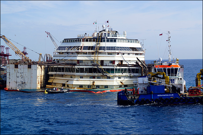 Shipwrecked Concordia refloated for 200-mile tow