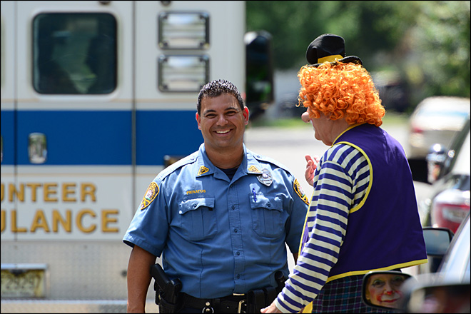 Clowns come to rescue as fellow clown's car crashes