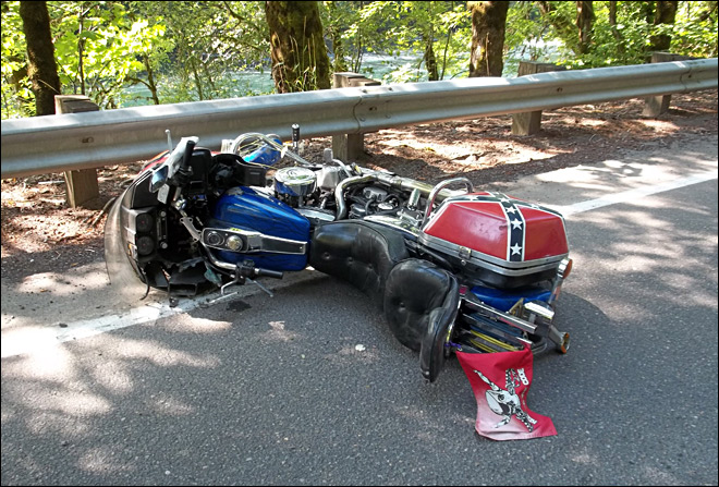 Deadly motorcycle crash blocks Hwy 126E near Vida