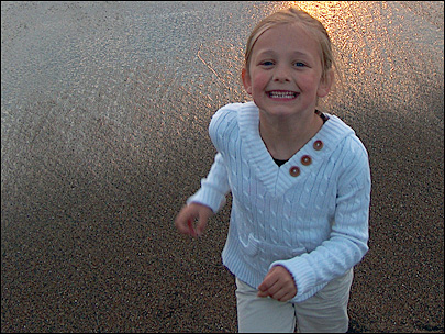 Memorial service set for girl who died in sand collapse