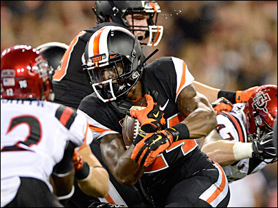 Oregon State downs San Diego State, 28-7