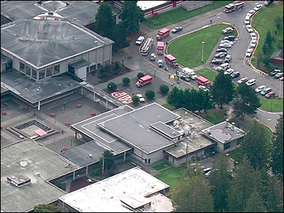2 students injured in shooting at Marysville Pilchuck High School