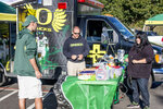 Fans show up to tailgate at Autzen Stadium
