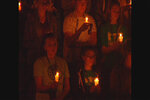 UO students hold vigil to honor and remember UCC shooting victims