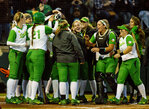 Softball: Ducks defeat Sun Devils in game 2