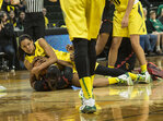 Oregon rallies to beat USC: 'This is our house'