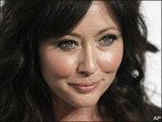 Shannen Doherty blames managers for late breast cancer diagnosis
