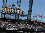 15 MLB teams had $100 million-plus payrolls in 2013; M's not one of them