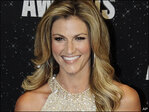 Erin Andrews replaces Pam Oliver on NFL sidelines