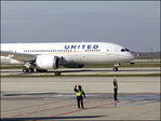United Airlines aims for $2 billion in cost savings