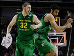 75 years after Tall Firs won it all, Ducks back in hunt with Sweet 16