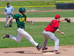 Duck club baseball team sweeps Seattle, remains undefeated