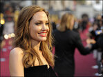 Doctors reveal details of Jolie's breast treatment