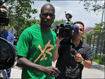 Ex-NFL star Chad Johnson released from jail after apology