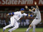 Morales homers, Mariners beat Royals 6-4