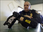Police chief to be shot with Taser to raise money