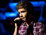 One Direction's Liam Payne slammed for 'Duck Dynasty' gun pic