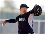 Mariners' manager: Top prospect will start Monday