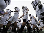 College athletes can unionize, federal agency says
