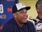 Tigers announce record $292 million, 10-year deal for Miguel Cabrera