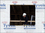 Homebuilder confidence edges up in April