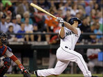 Seager slugs Mariners past Boston 8-2