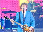 McCartney returns to stage after hospitalization