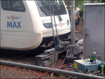 Service restored near Lloyd Center after MAX train derails