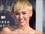 Miley Cyrus comes to defense of wanted VMA date