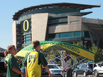 Oregon football home game traffic tips