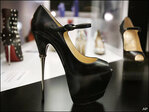 Brooklyn show looks at mystique of 'killer heels'