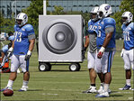 Decibel defense: NFL teams cranking up the jams at practice