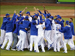 Royals complete sweep, head to World Series