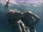 Artist creates new 18-foot-tall underwater scupture