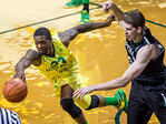 Oregon overcomes slow start to beat Portland State, 81-59