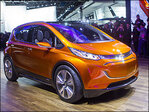 GM to build 200-mile electric car at Michigan plant
