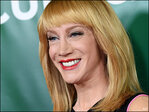 'Fashion Police' host Griffin gets Oscars red-carpet ready