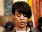 Baltimore mayor calls for federal investigation into police