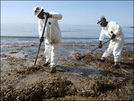 Oil spill spreads across 9 miles of Pacific, fouls beaches