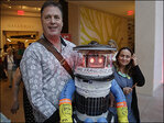 Hitchhiking robot embarking on coast-to-coast tour across US