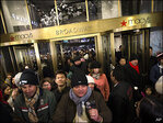Macy's plans to add 85,000 seasonal holiday hiring workers