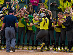 Oregon beats the Bruins 9-7 in the first game of the series