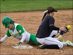 Oregon Softball sweeps Washington in a three-game series