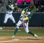 Oregon offense stifled in 4-2 loss to Beavers