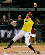 Softball: Ducks shatter records against Ragin' Cajuns