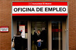 Spain's November jobless falls for 1st time since 1997