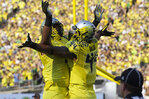 AP predicts 2 Ducks in first round of NFL draft