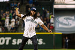 Photos: Richard Sherman throws out first pitch