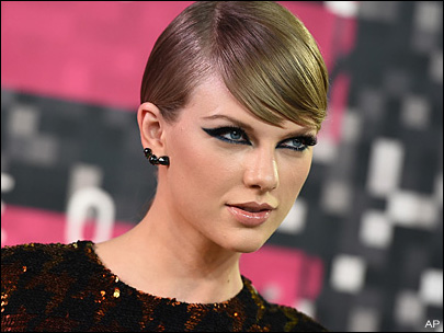 Photos: Red carpet arrivals at the MTV Video Music Awards